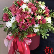 """Коробка с цветами """"Нежное прикосновение"""""""