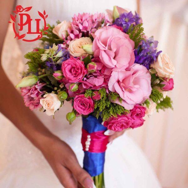 Яркий букет для яркой невесты