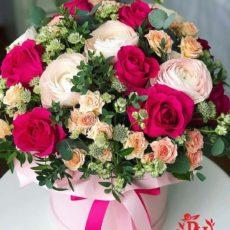 Цветочная композиция в розовых тонах.