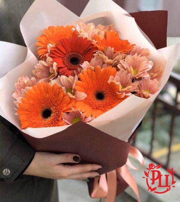 букет гербера хризантема