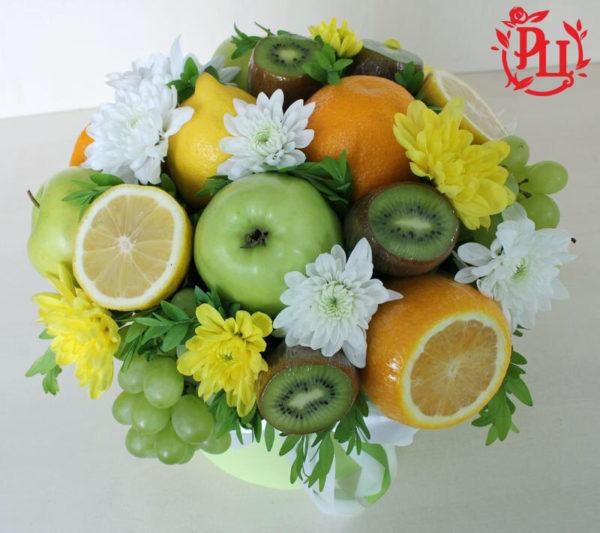 Фруктово-цветочный лаймовый букет