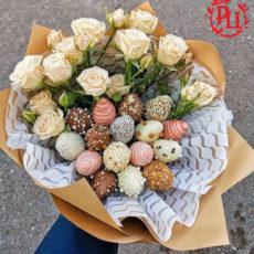 Клубника в шоколаде с розами (SM)