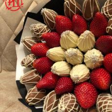 Букет из клубники и клубники в шоколаде (SM)