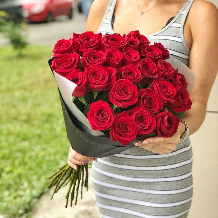 организаторам фото подарить розу украшении классических коктейлей