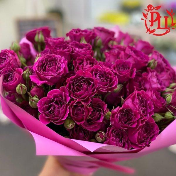 Букеты из кустовых роз